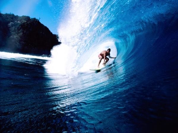EH Surf Camp